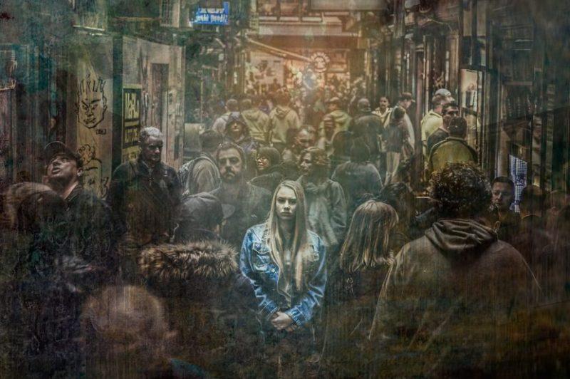 Mujer con trastorno de ansiedad